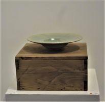 Oak box with Celadon Bowl