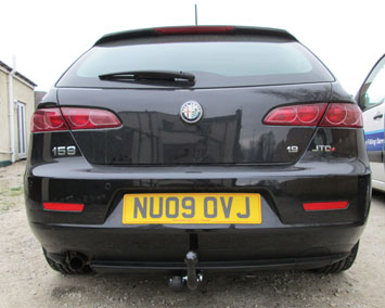 Alfa Romeo 159 estate fixed towbar
