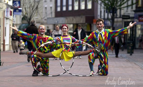 The Circus Come to Town