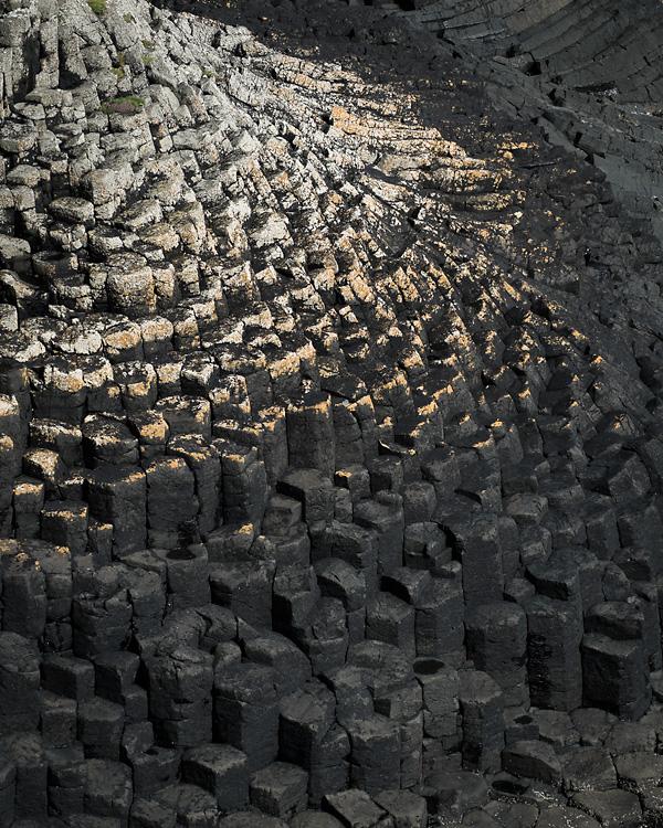 Basalt, Clamshell Bay, Staffa