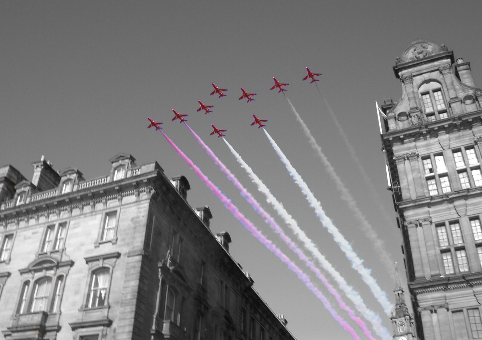 Quayside Red Arrows Colour  Splash