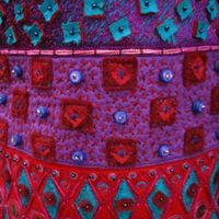 long purse detail