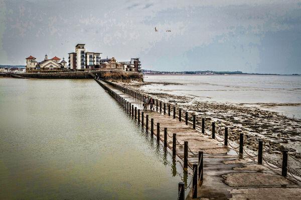 Larry Darby - Marine Lake, Weston-Super-Mare