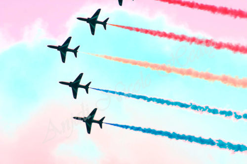 Red Arrows Stripes