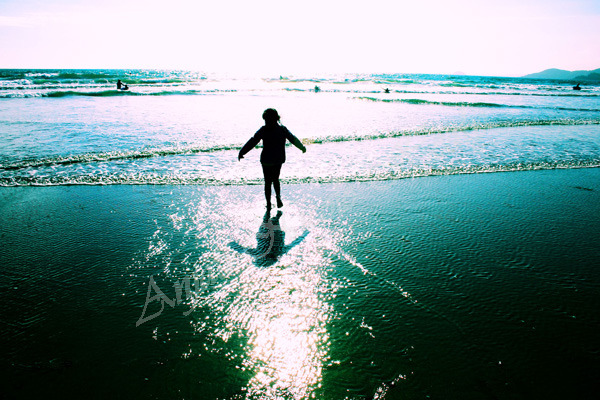 Dancing in the Sea Sparkles