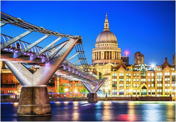London at Night (Colour)