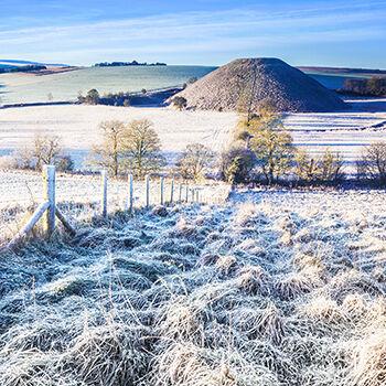 WL_43 Cold Morning at Silbury Hill