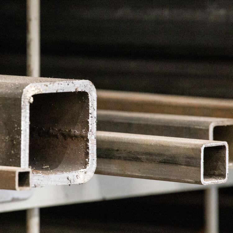 steel 3