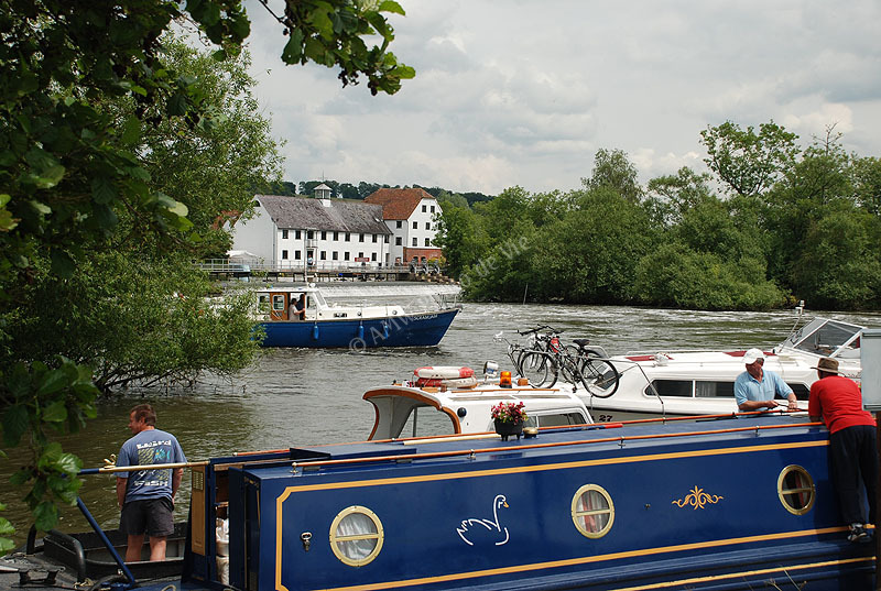Hambledon Lock