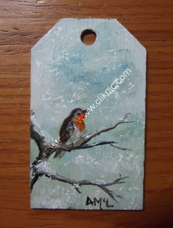 ROBIN ON A BRANCH wooden gift tag 4x7cm £5.00