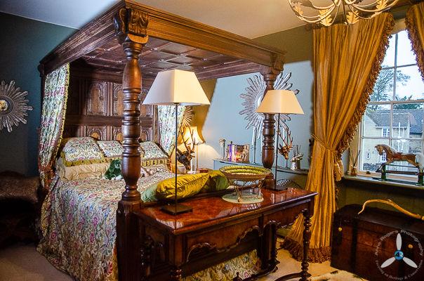 Burford House: Main Bedroom