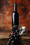 WINE BOTTLE WITH GLASS AND GRAPES