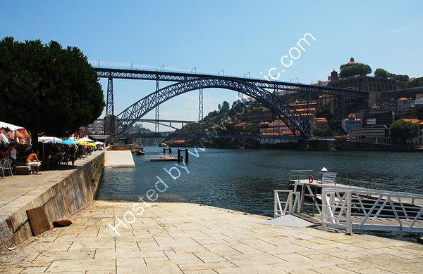 Portugal: Porto: River Douro Bridge