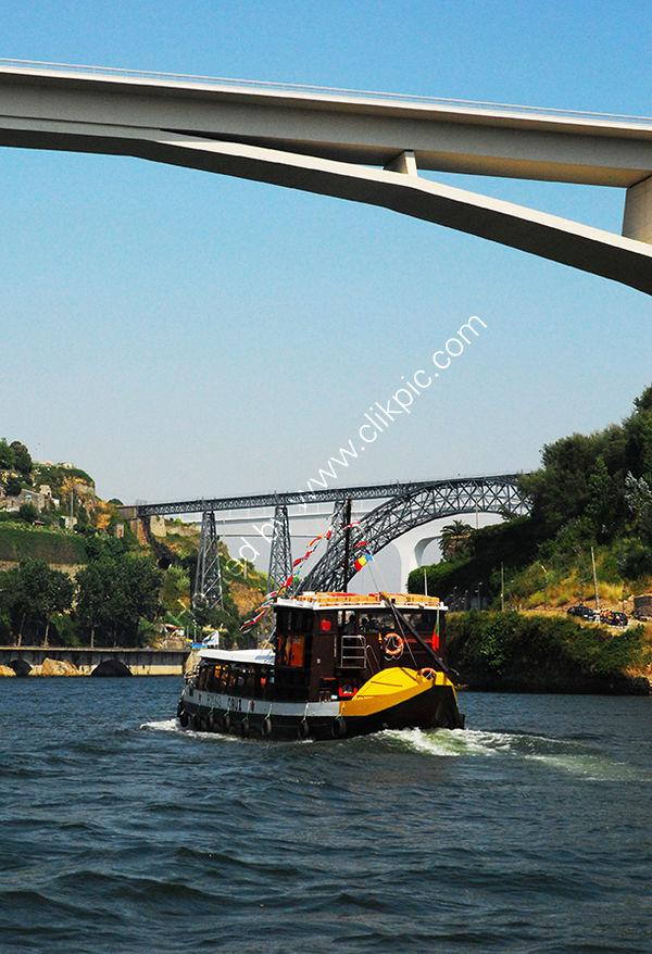 Portugal: Porto: River Douro Bridges