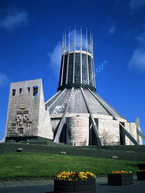 Liverpool: Roman Catholic Cathedral