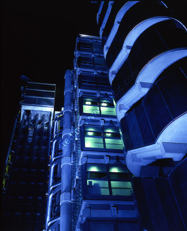 London: Lloyds Building