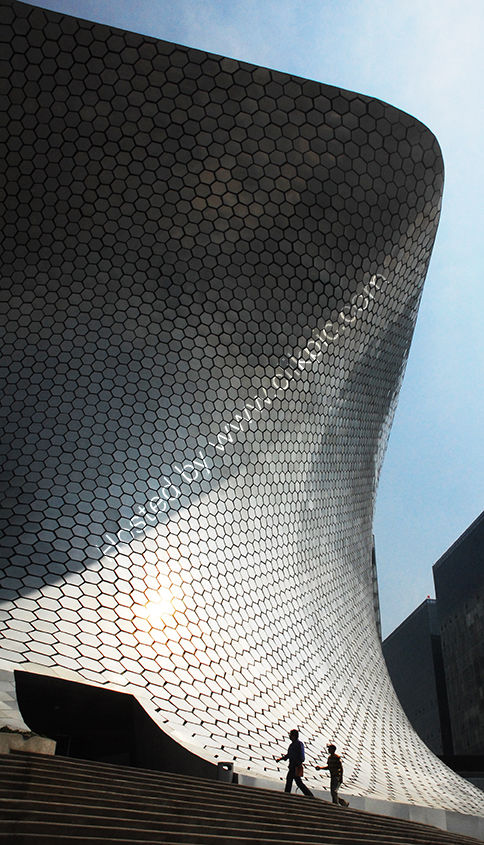 Mexico: Mexico City: Museo Soumaya