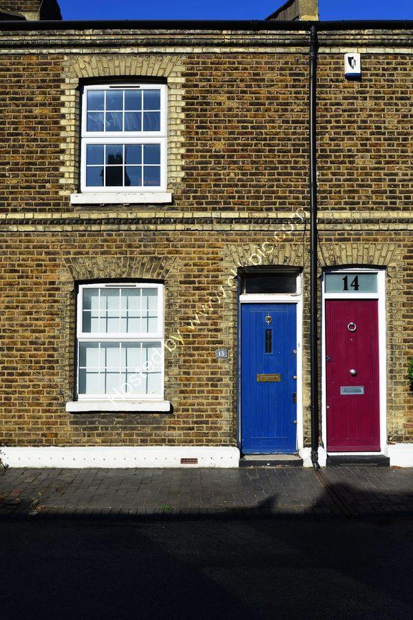 London NW10: Old Oak: Stoke Place