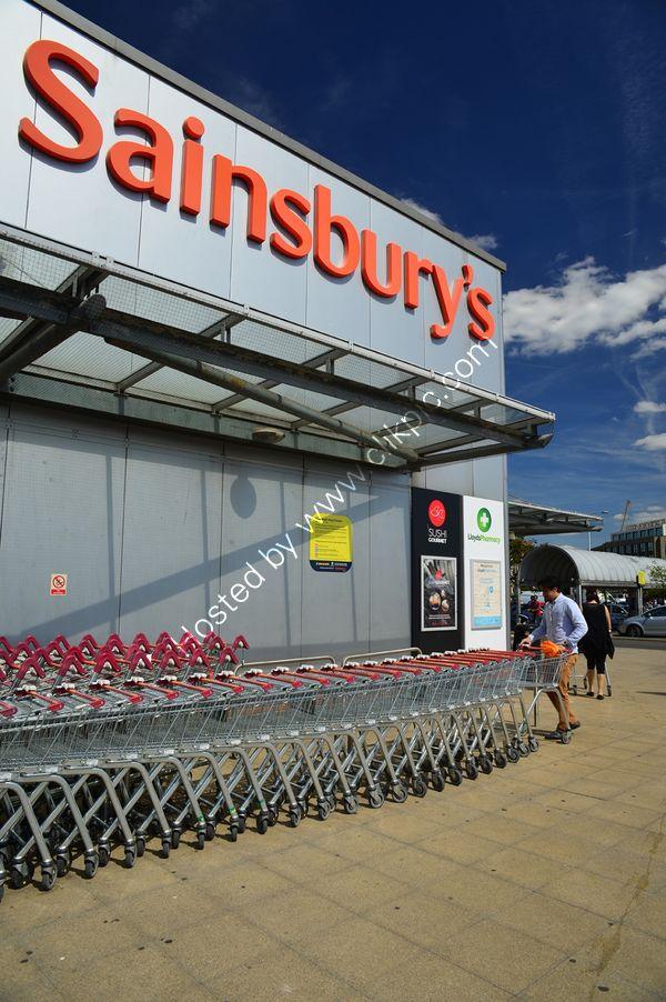 London: Ladbroke Grove: Sainsbury's Supermarket