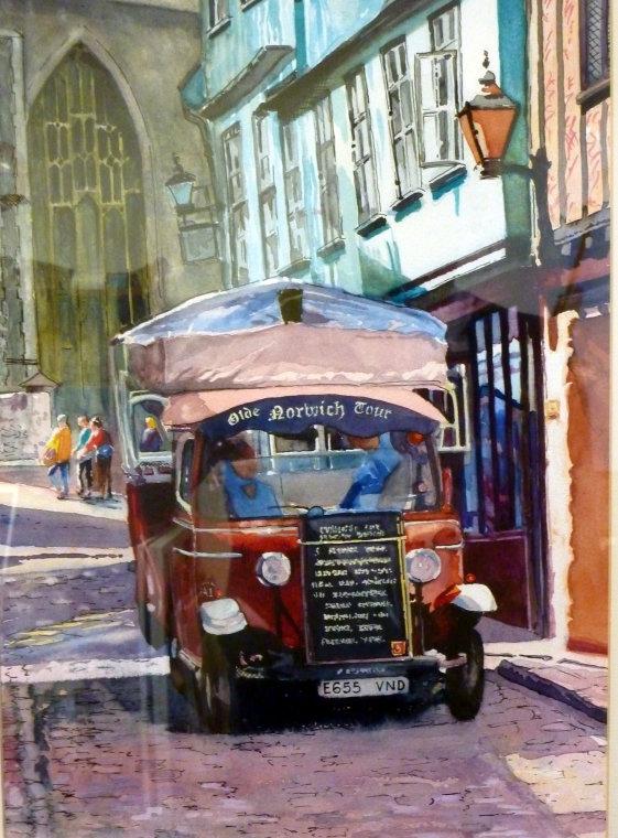 Norwich tour bus by Annie Smith