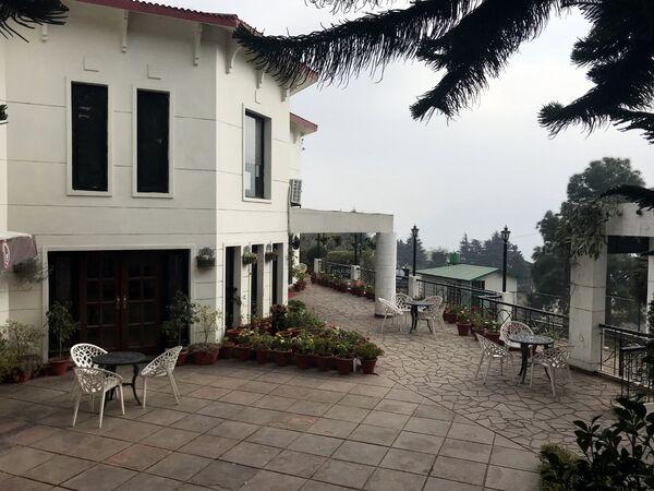 Hotel Pine Crest