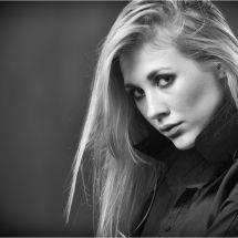 Raphaella portrait mono 2