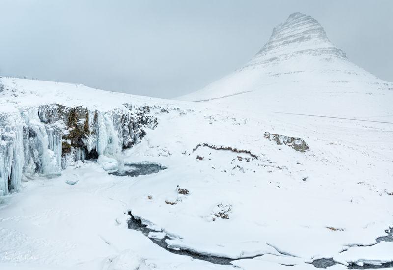 Kirkjufell waterfall and Mountain