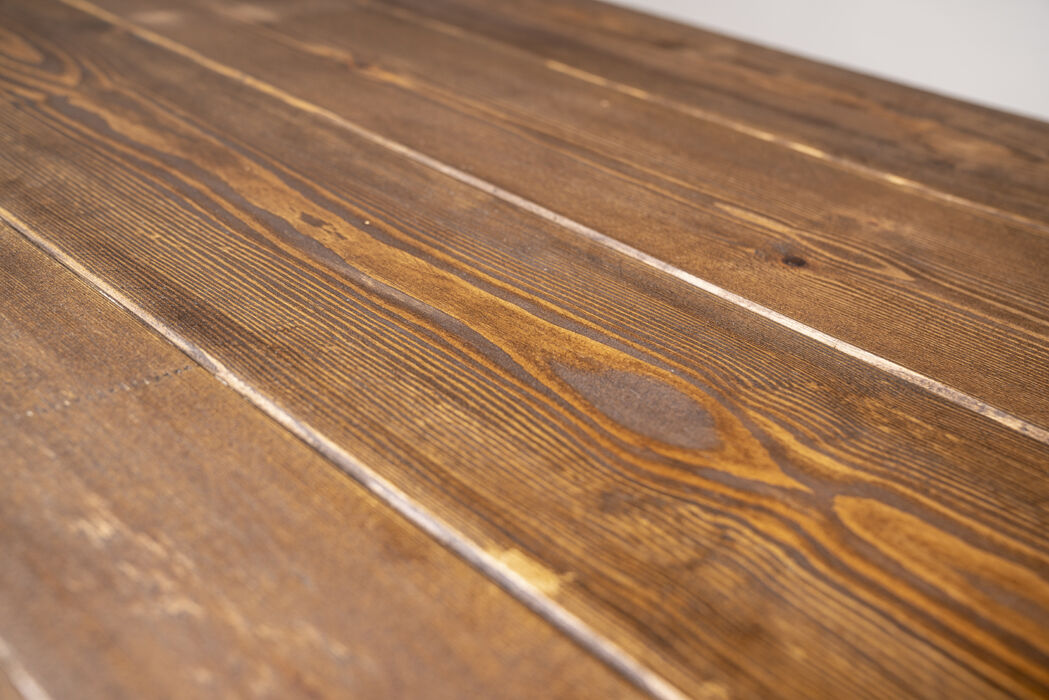 showing grain of dining table in medium oak and danish oil