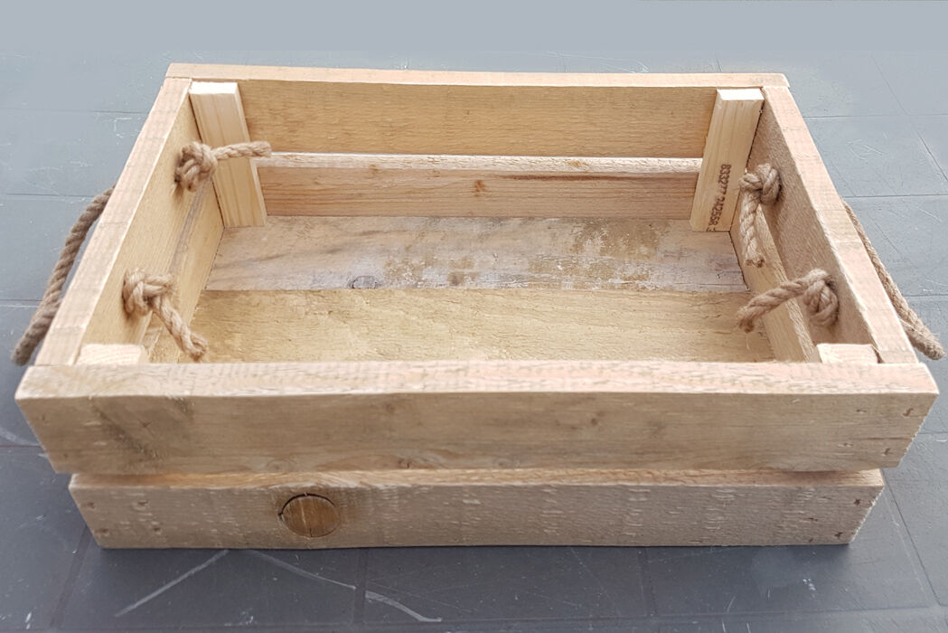 showing box with rope handles