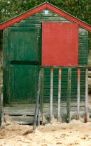 Holkam Hut Green & Red