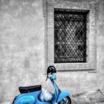 Vespa, Roma