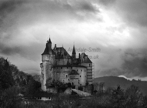 Chateau De Chatillon (B&W)