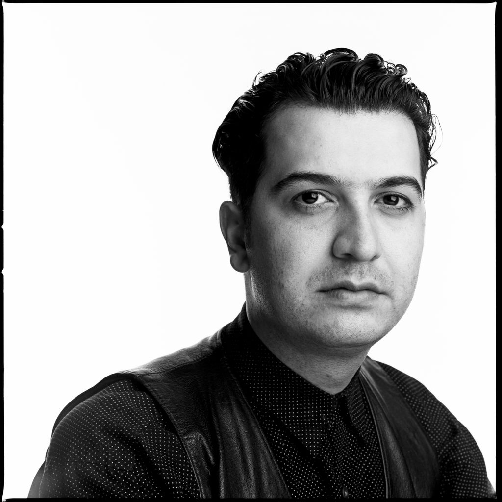 Agashi Ali Mizan - grafisk formgiver