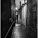 Dark streets of Edinburgh