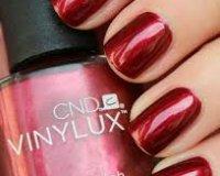 CND Vinylux Crimson Sash #174 €12