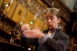 Aemonn-Duggan-in-rehearsal-with-the-Sixteen-©www.benjaminharte.co.uk-12