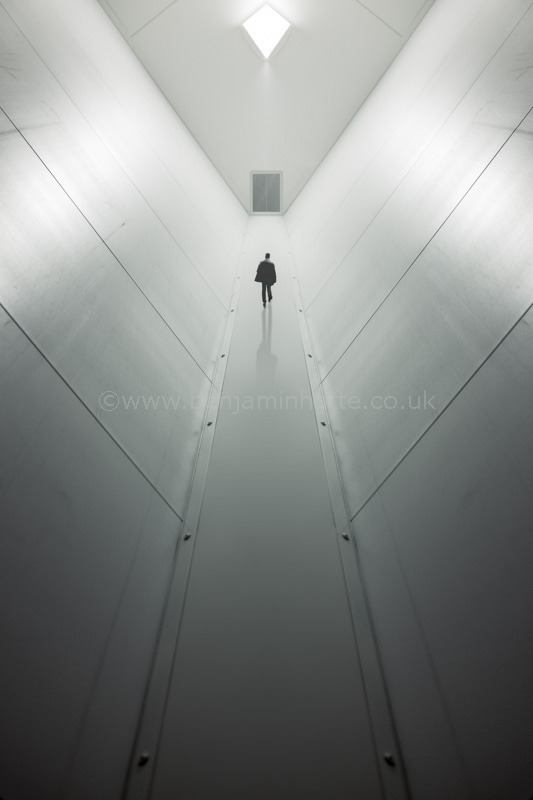 Alone-©www.benjaminharte.co.uk