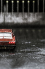 Parked-in-the-rain©BenjaminHarte