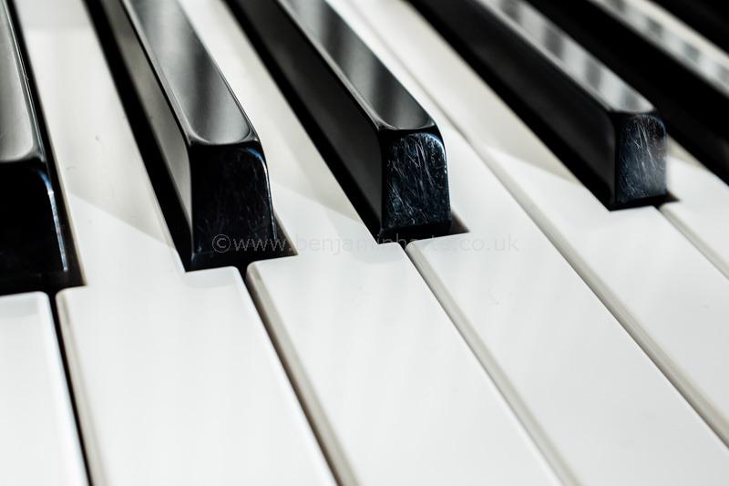 Piano-keys-©www.benjaminharte.co.uk-58