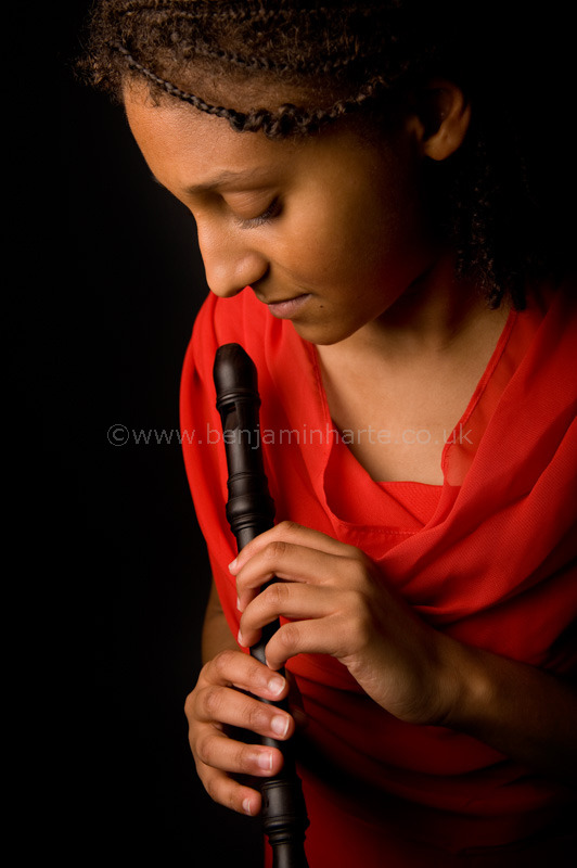 Portrait-of-recorder-player-Charlotte-Barbour-Condini-©www.benjaminharte.co.uk-42