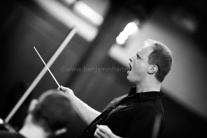 Sam-Burstin-conductor-©www.benjaminharte.co.uk-8