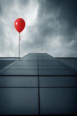 balloon-and-building-©www.benjaminharte.co.uk-13