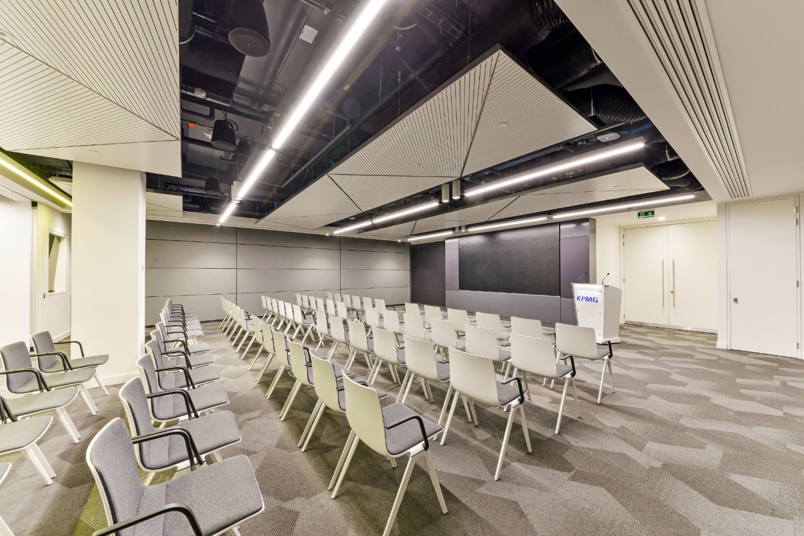 london commercial property photo