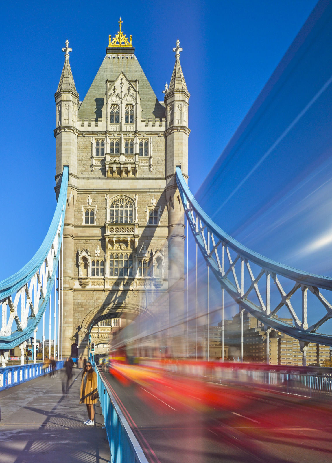local london area photo tower bridge with red bus