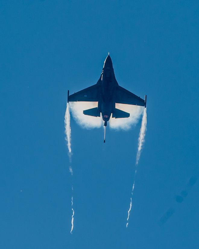 Hellenic F 16