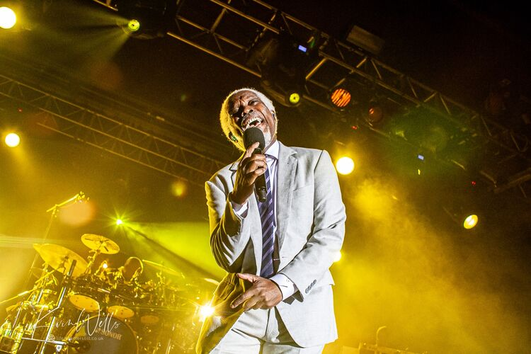 Billy Ocean at the O2 Academy Sheffield 2016