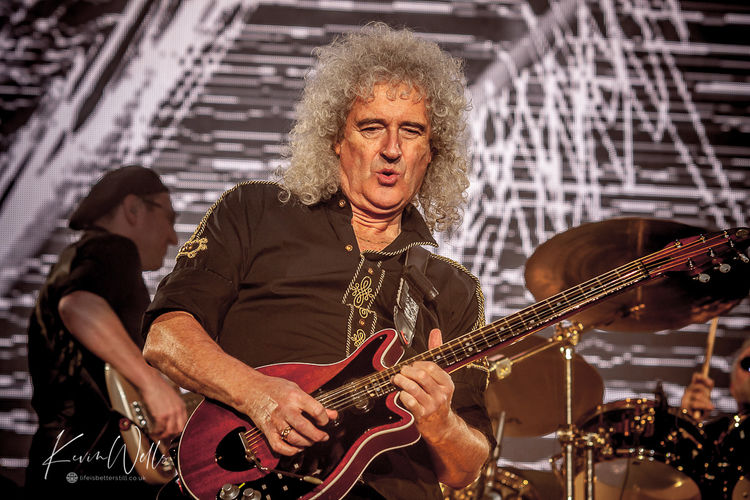 Brian May - Queen - Sheffield Arena