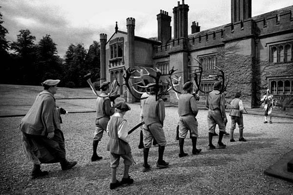 Horndancers procession