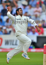 M S Dhoni bowling at Lord's
