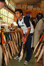 Sourav Ganguly gets a new grip